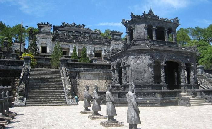Hue to Hoi An private tour 3 days