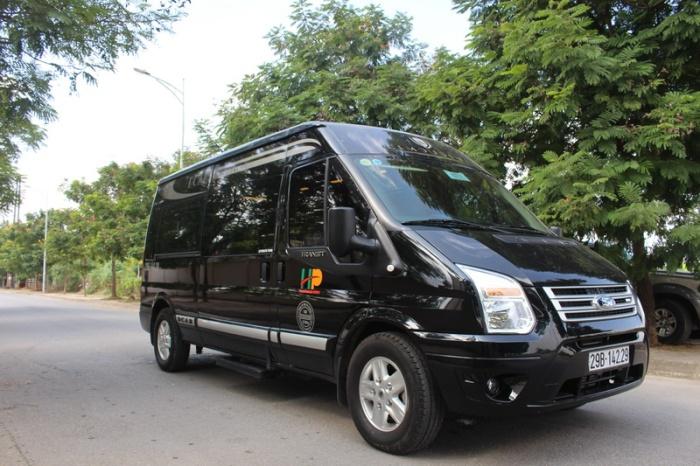 Luxury Limousine Car Transfer to Mai Chau
