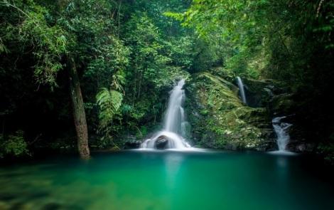 FIve Lake waterfalls